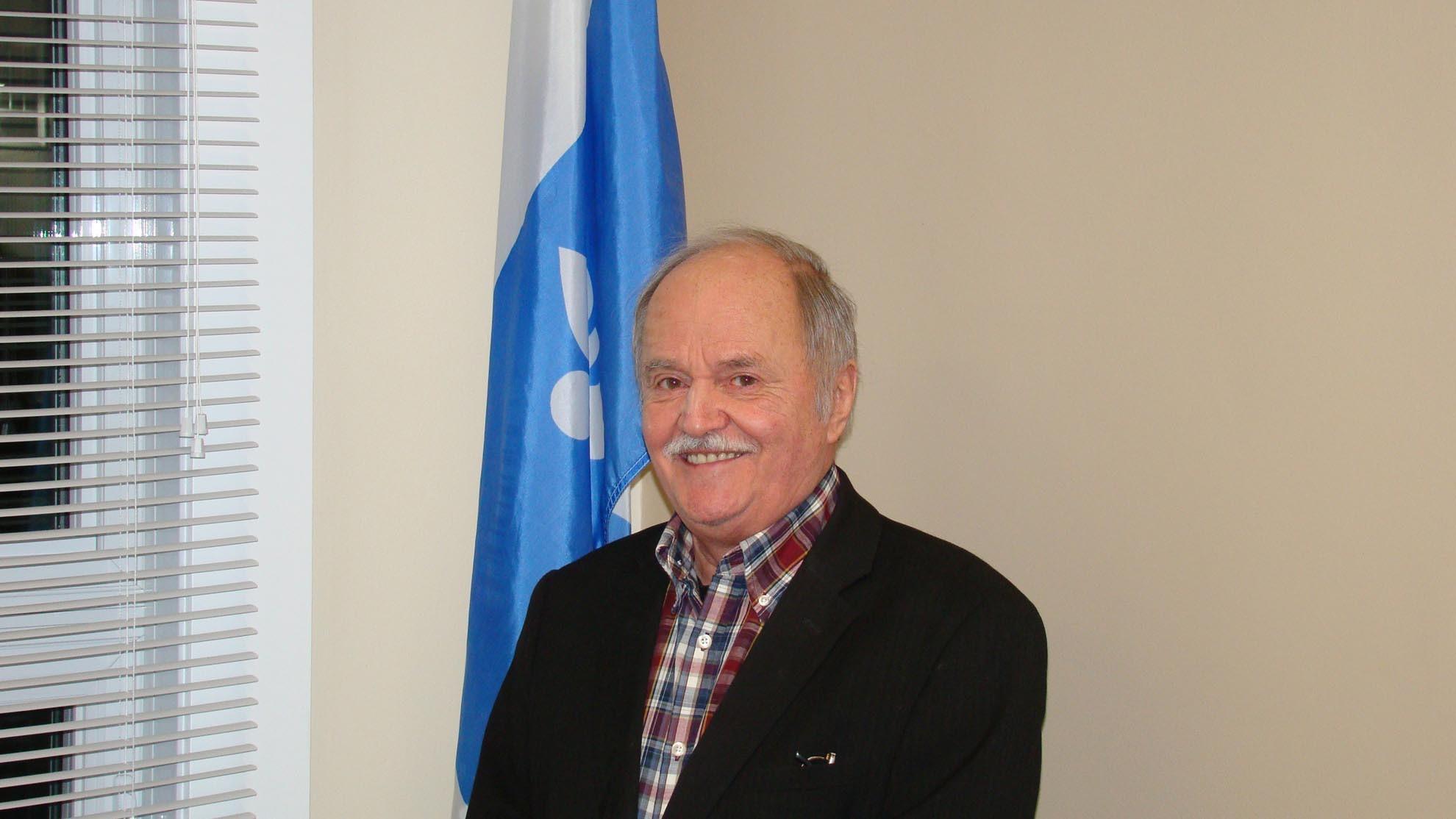 Yvon Caron maire